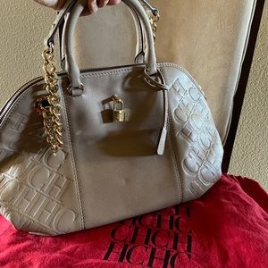 **AUTHNETIC** Carolina Herrera bag ..